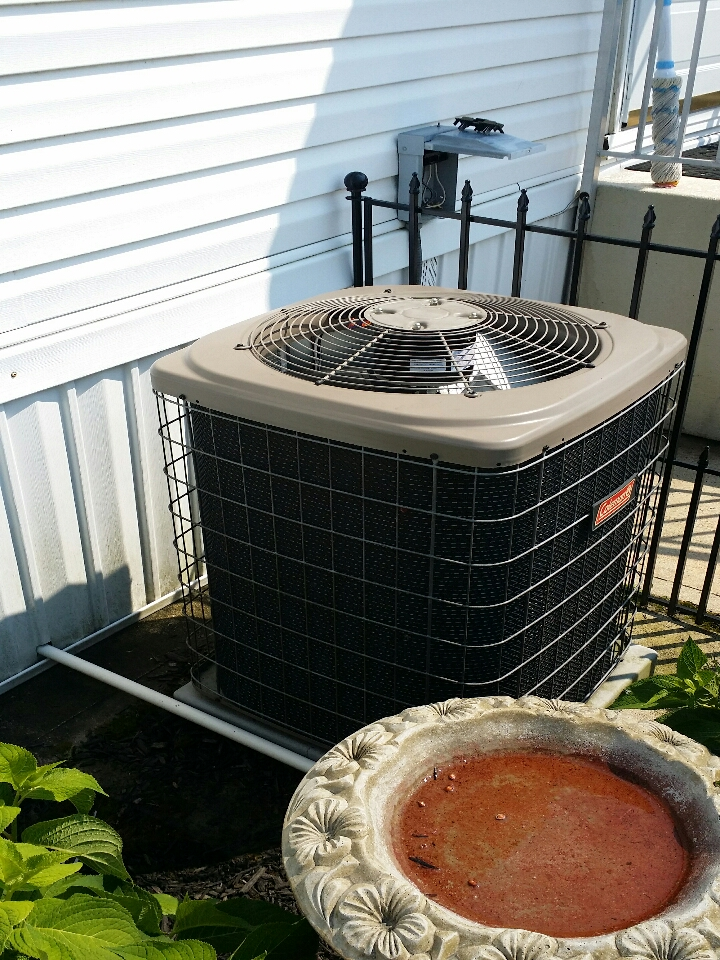 Air conditioner service call. Repair ac unit. Bad fan motor on York / Coleman air conditioner in Manchester Township NJ