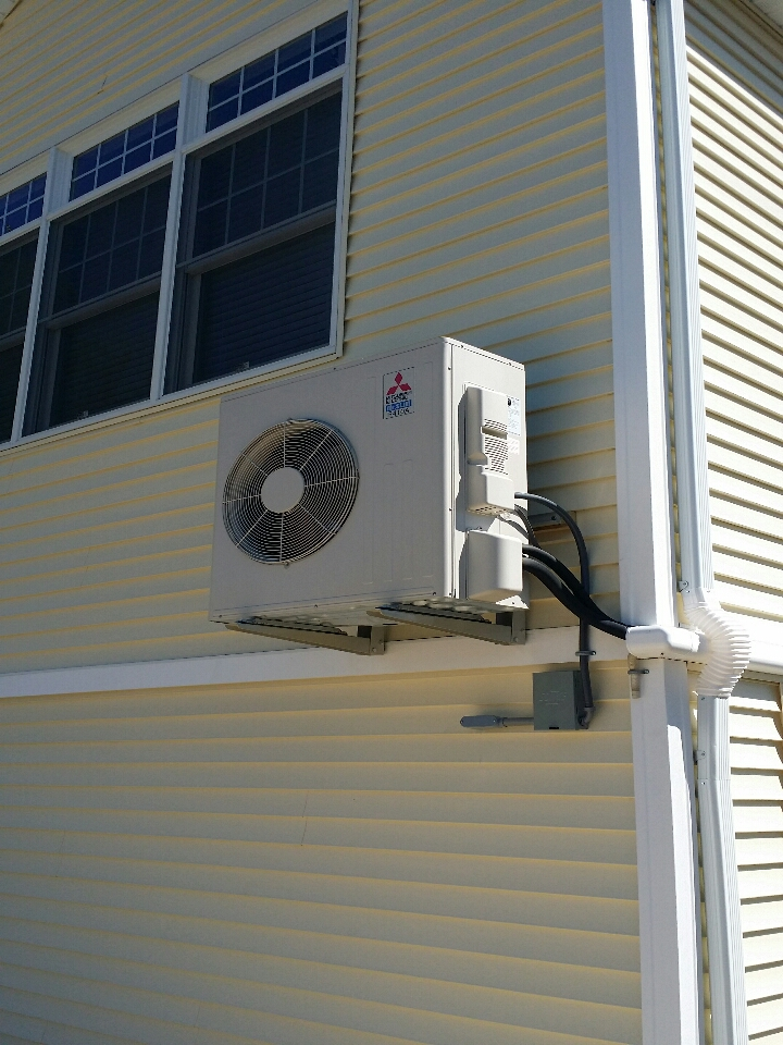 Lacey Township, NJ - Install Mitsubishi Ductless 18,000 BTU Hyper Heat Unit.