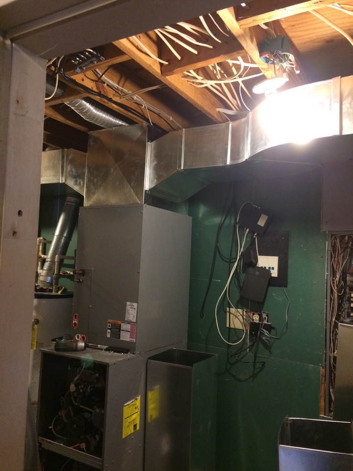 Fairborn, OH - Installing a home heating 90% gas furnace with all new ductwork