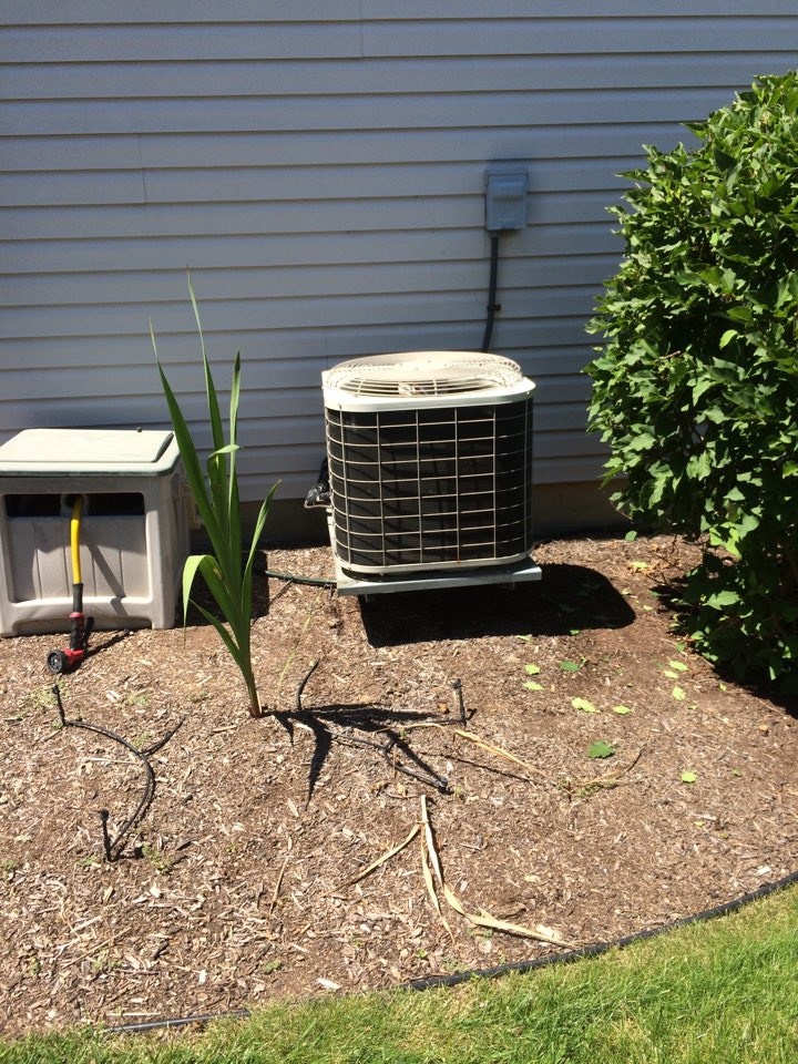 Fairborn, OH - Servicing a Bryant air conditioner for one of our Angie's list customers in fairborn ohio