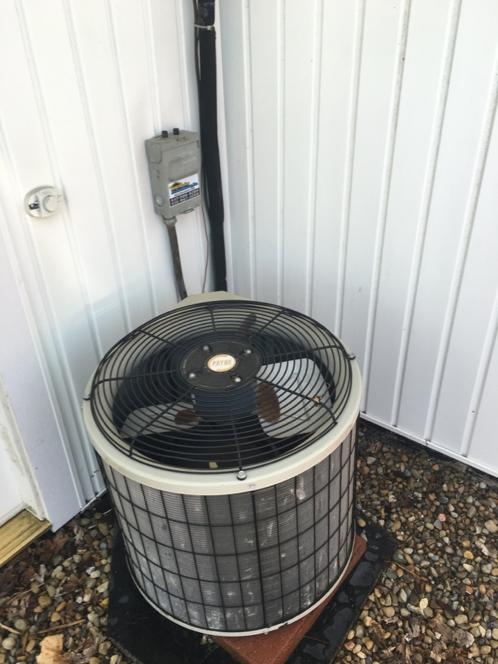Springfield, OH - AC check on a Payne air conditioning system in Springfield Ohio