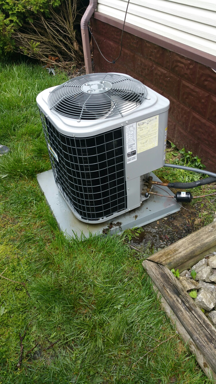 Springfield, OH - Air conditioning check up