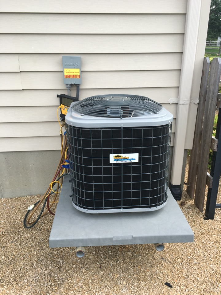 Hamilton, OH - Preventive maintenance on a Home heating and air conditioning ac system