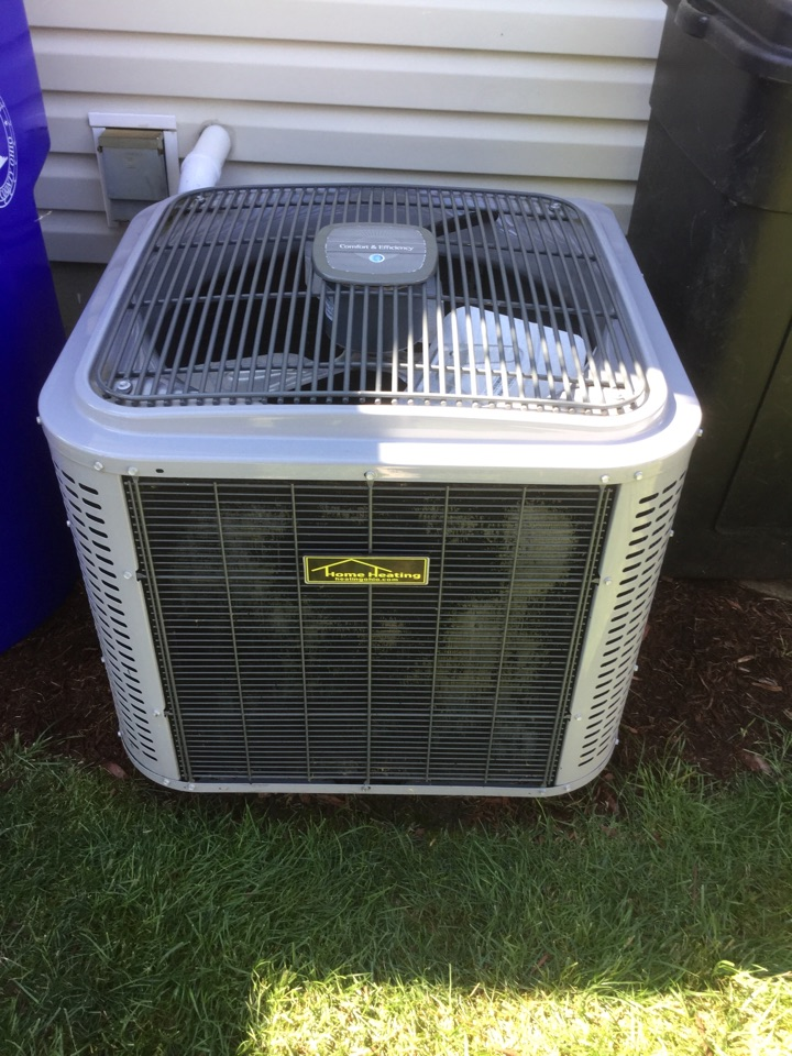 Hamilton, OH - Preventive maintenance on a Home heating and air conditioning ac system in Hamilton Ohio