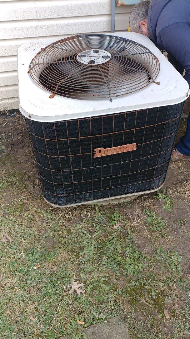 Dayton, OH - Install compressor