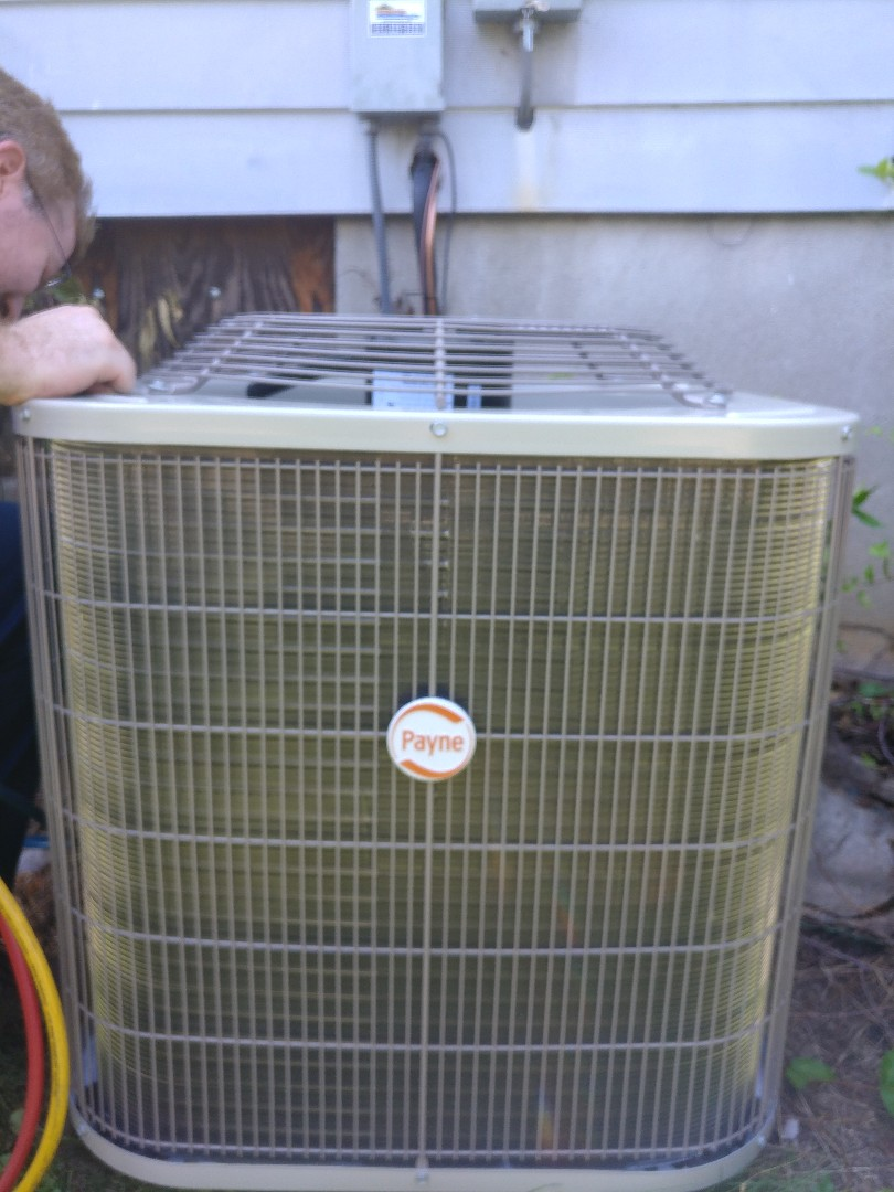Dayton, OH - Install payne furnace and air conditioning