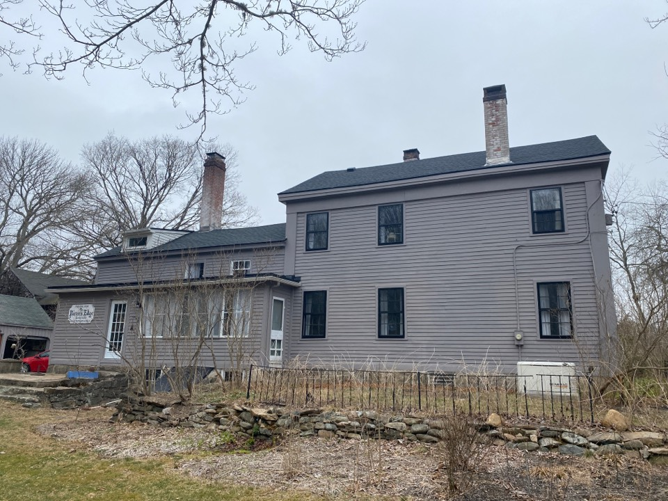 Stonington, CT - New GAF HDz charcoal roof, with two new EPDM roofs as well and 3 chimneys with new lead!