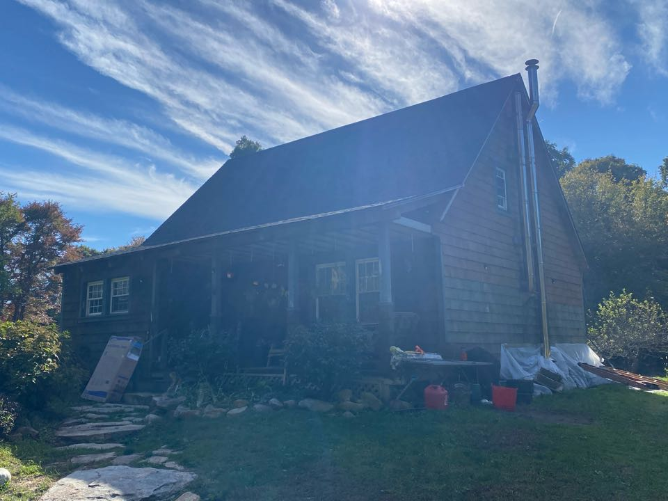 Stonington, CT - New GAF HDz charcoal roof installed after fixing all the rotted plywood to finish off a new roofing system!