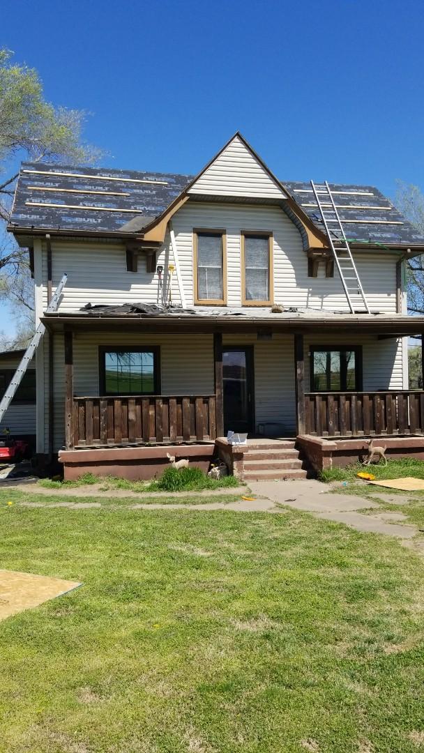 Augusta, KS - Roofing residential house