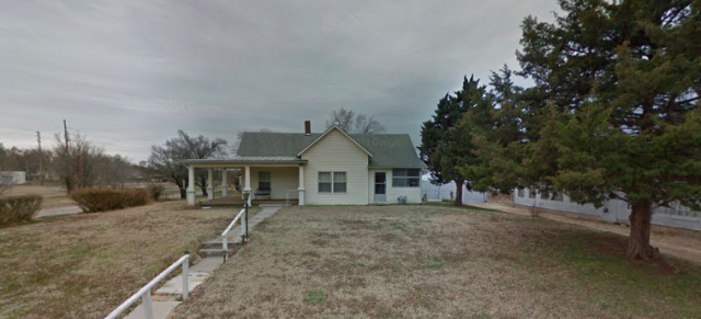 Arkansas City, KS - Working up an estimate for a roof replacement in Arkansas City, KS.
