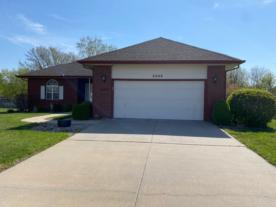Andover, KS - Siding estimate for rotten siding and painting.