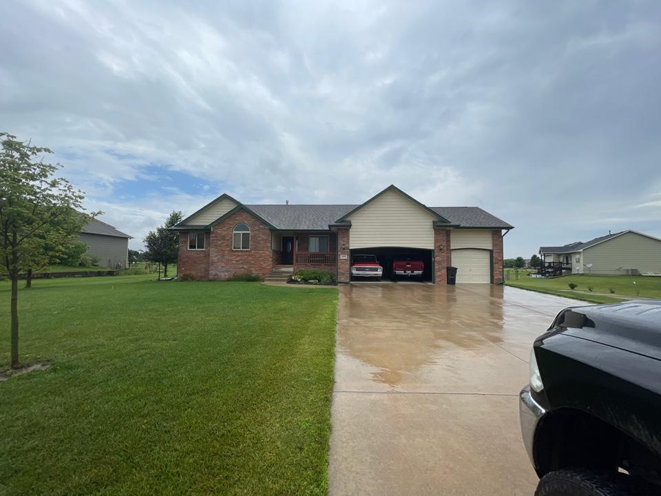 """Wichita, KS - 5"""" seamless gutter and paint estimate"""