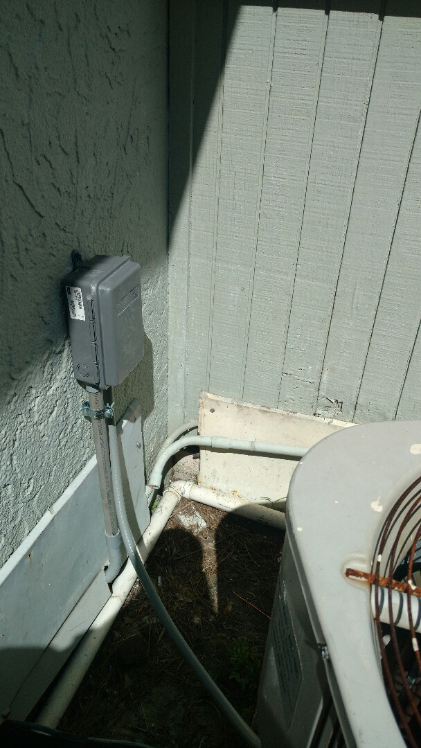 Palmetto, FL - Installed new disconnect for A/C