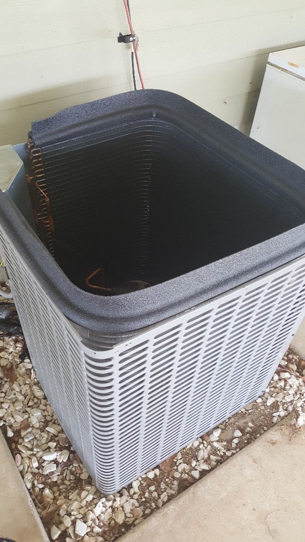 Cushing, TX - Replacing a condenser coil on a luxaire condenser