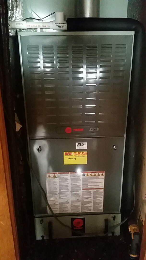 Reklaw, TX - Heating ESA on TRANE furnace