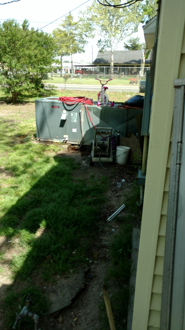 Overton, TX - Working on a cooling maintenance