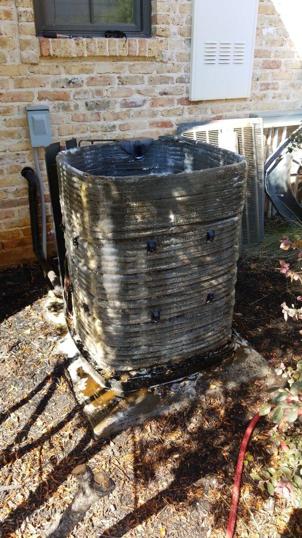 Carthage, TX - Washing a trane condenser coil
