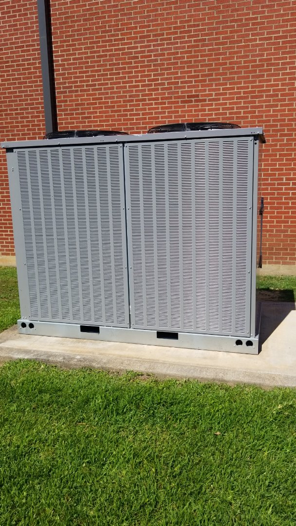Carthage, TX - Installing hail guards on a carrier ac unit