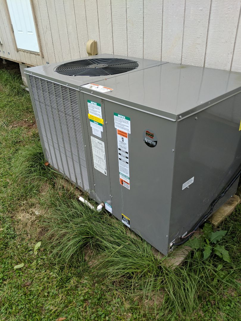 Mount Enterprise, TX - Working on a no cool/heating call
