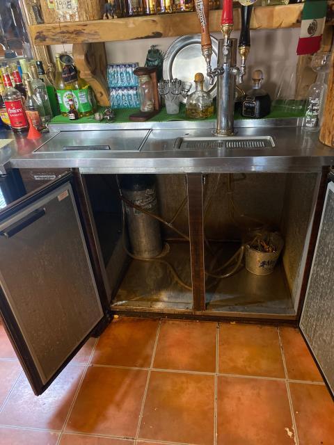 Republic, WA - Repaired Beer cooler