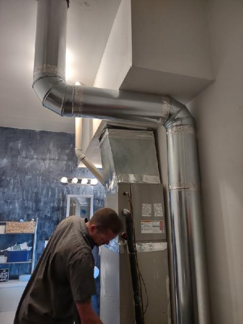 Colville, WA - Install additional duct runs for upstairs rooms