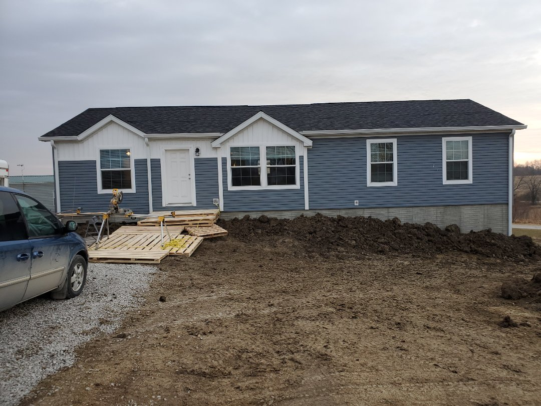 Moravia, IA - About 2 days from finished with our part on this nice modular home