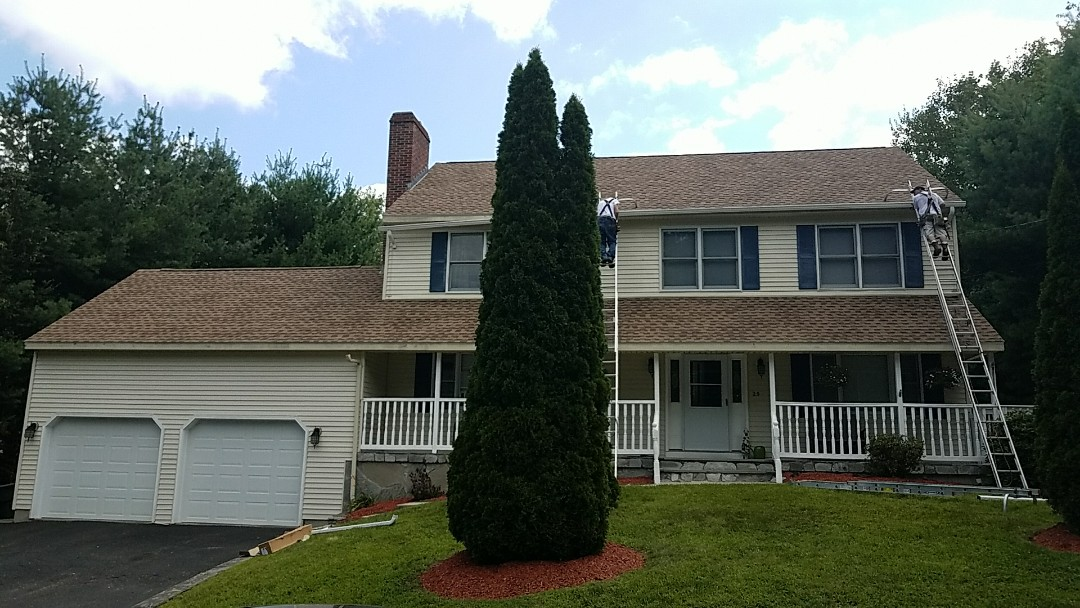 Watertown, CT - Brand new GAF shingle roof installed