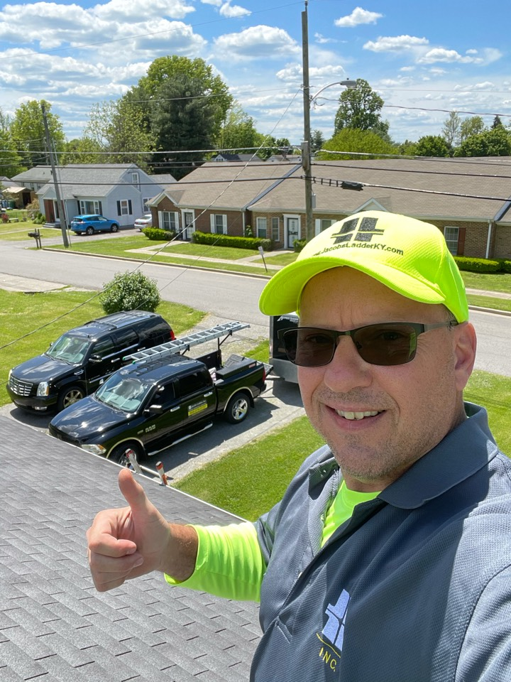 Danville, KY - Doing a free roof inspection in beautiful downtown Danville Kentucky today! Free roof estimate on the way, new gutters new siding potentially. Call for free estimate and free inspection TODAY!