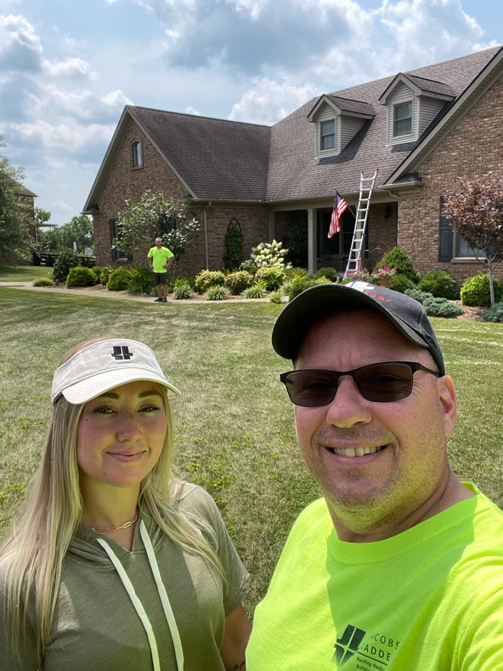 Versailles, KY - Out here in beautiful Versailles Kentucky give me a free inspection for a roof replacement, modest storm damage, light storm damage potential insurance roof replacement. Free inspection coming up! Jacobs Ladder roofing and restoration Nicholasville KY