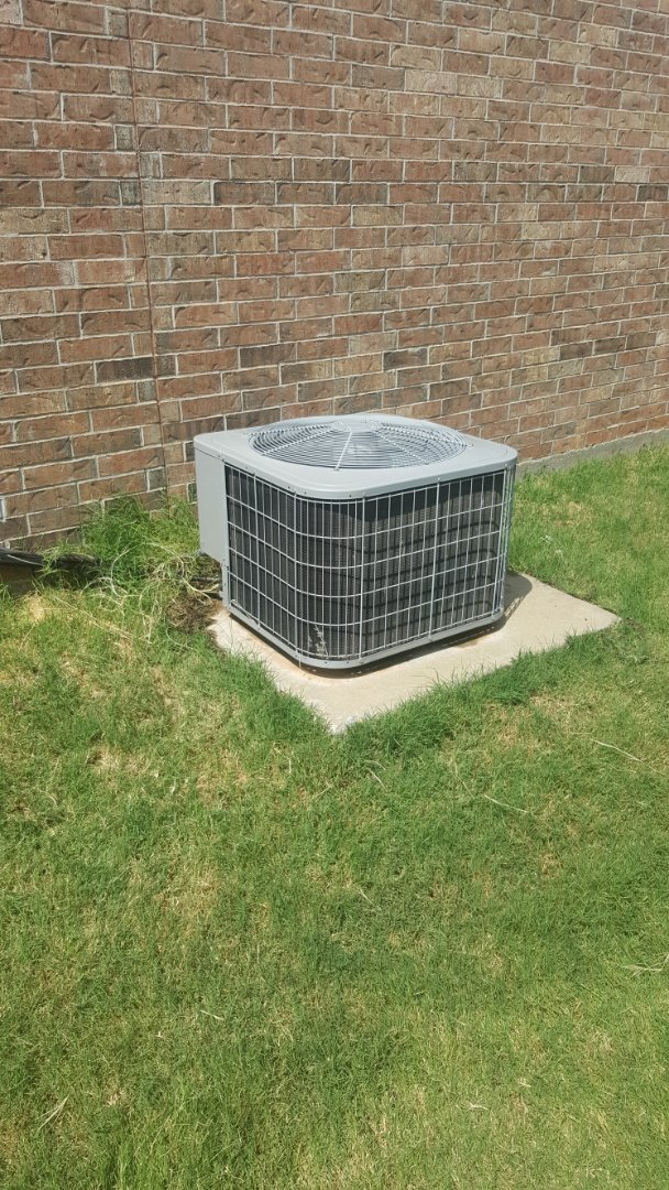 Edmond, OK - Doing AC repair on local resident near Mitch Park after finding that AC condenser has fault in heat transfer media condensing coil and found that air filters were restricted causing lack of airflow as well as did performance-enhancing upgrade and installed internal leak sealer into refrigerant system