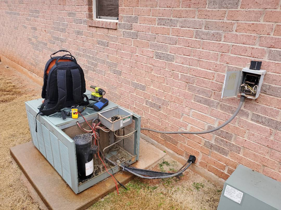 Edmond, OK - Ac repair service call needed at residential home near highway 74 for rheem condenser