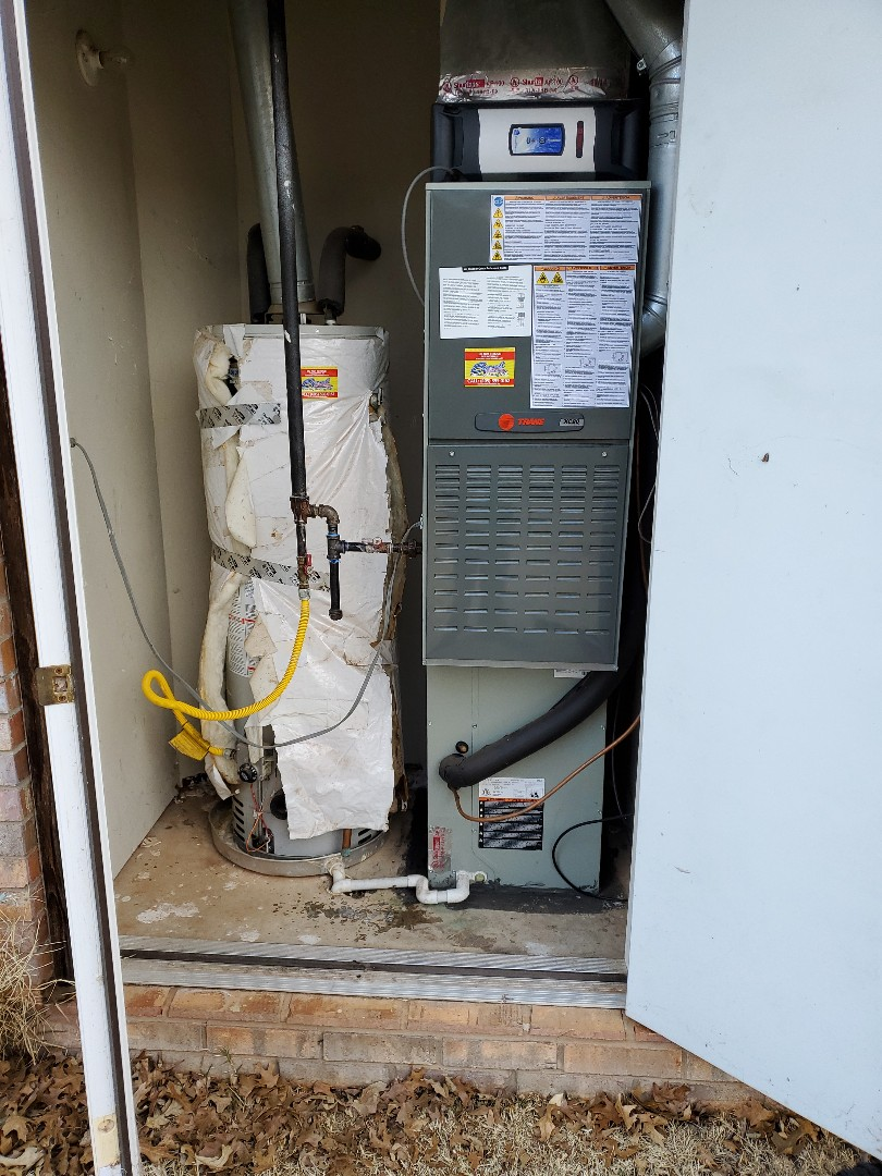 Edmond, OK - Gas furnace service for routine maintenance plan membership on trane and amana HVAC systems installed 2013