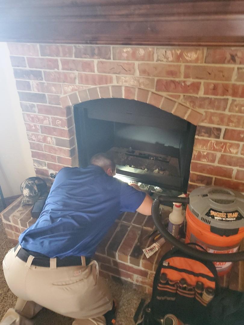 Piedmont, OK - Gas fireplace company