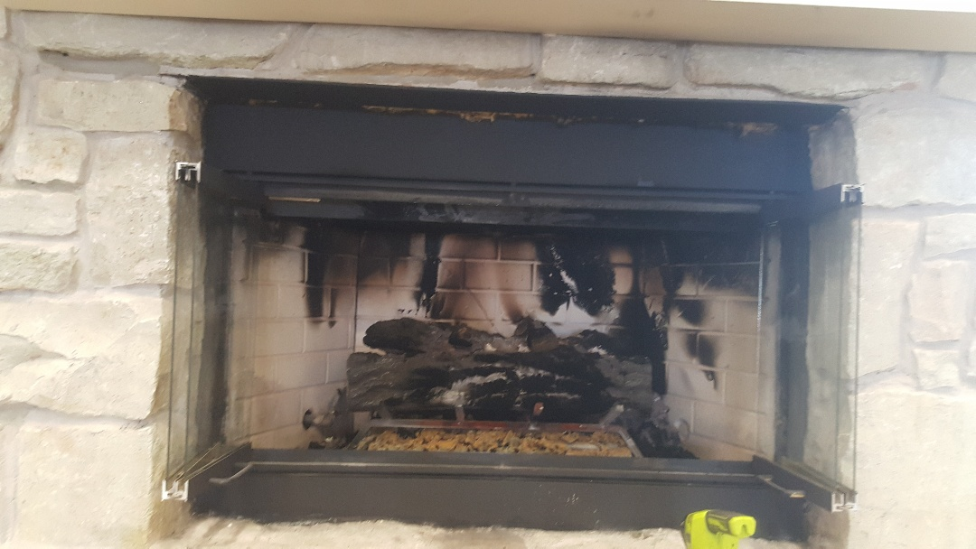 Oklahoma City, OK - Gas fireplaces putting off gas smell at villagio senior living center. Gas logs needs to be replaced will have to order and full cleaning service needed on fireplace