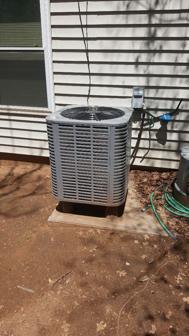 Forest Park, OK - Planned maintenance precision tune up for air conditioner American Standard near Forest Park