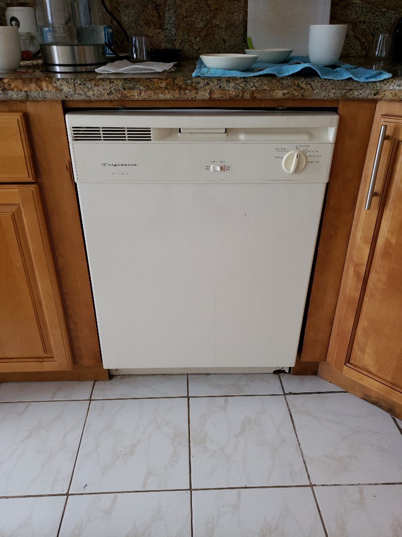 North Miami Beach, FL - Frigidaire Dishwasher leaking