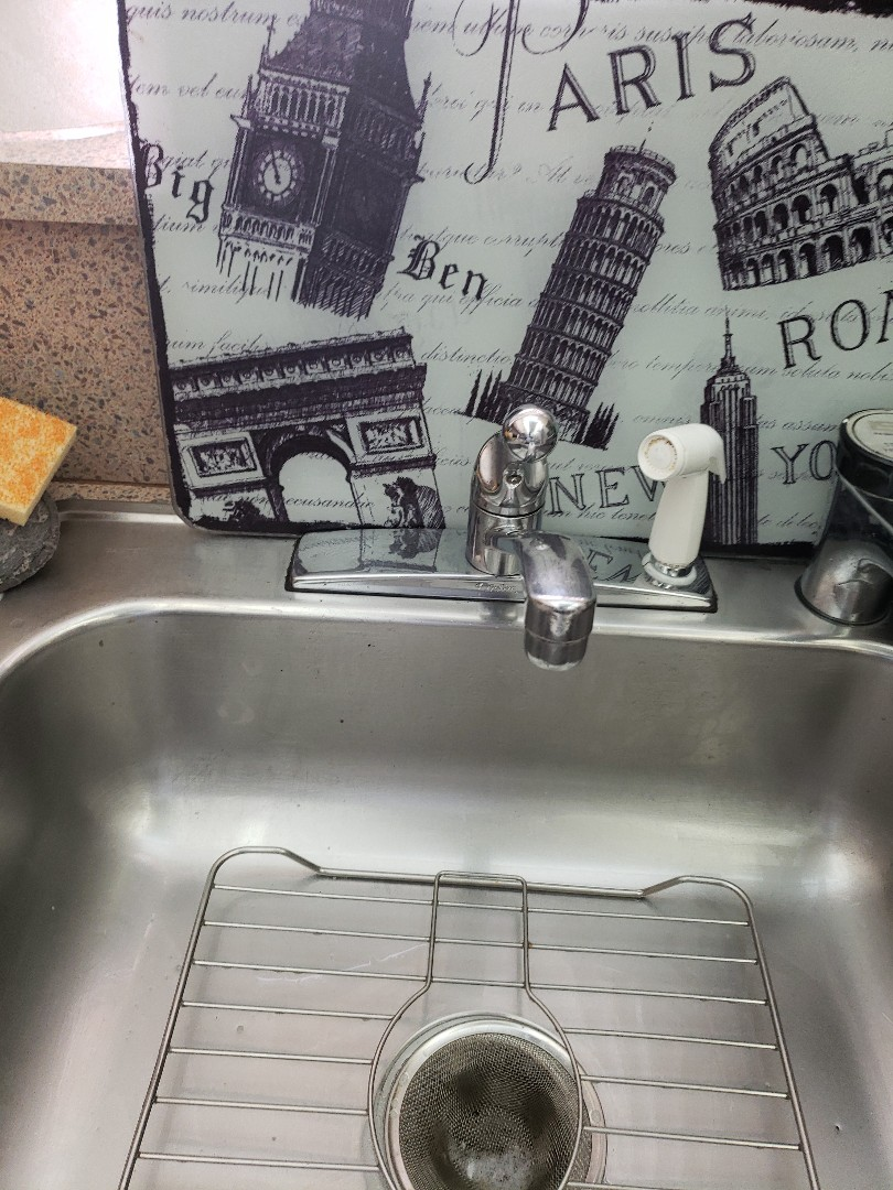 Parkland, FL - Kitchen sink fct leaking