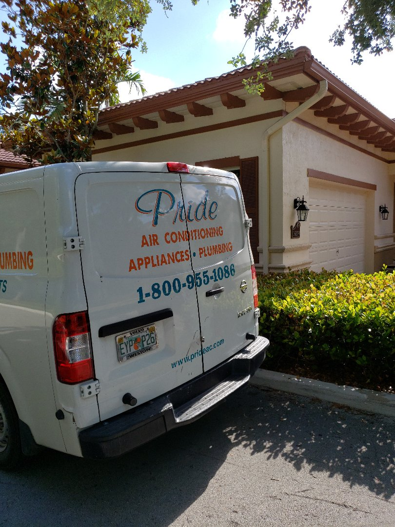 Weston, FL - Installed pride part....guest bathroom Toto toilet fill valve.