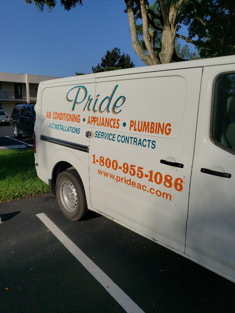 Davie, FL - Customer toilet runs