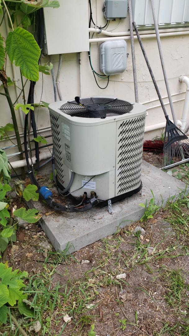 A/c bad condenser fan motor