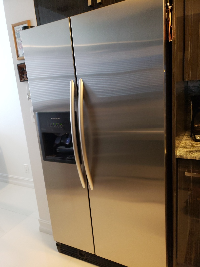 Hollywood, FL - Kitchenaid icemaker out