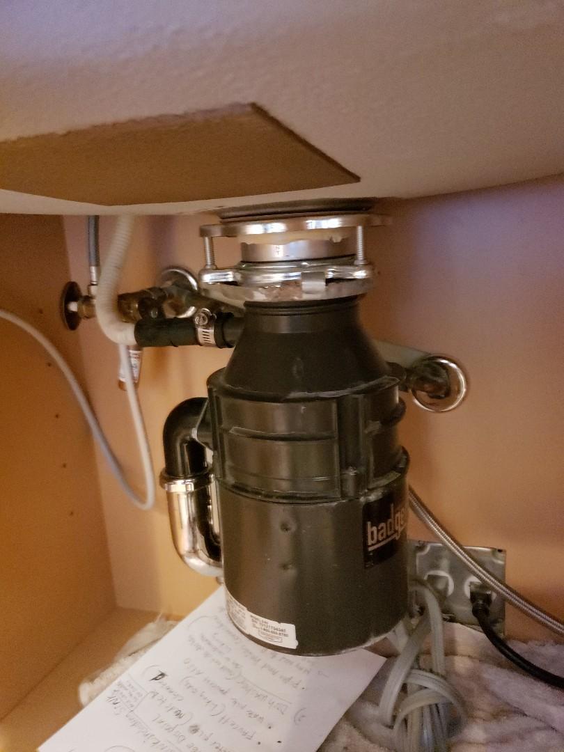 Garbage disposal leaking