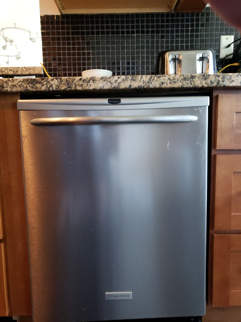 Hollywood, FL - Dishwasher not working properly