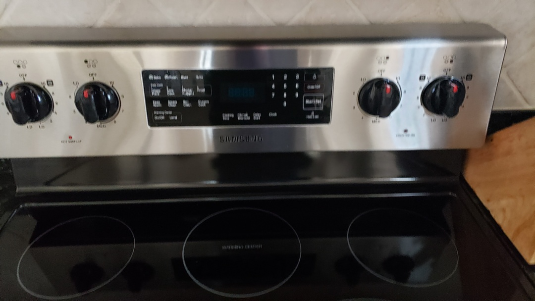 Boynton Beach, FL - SAMSUNG OVEN REPAIRED