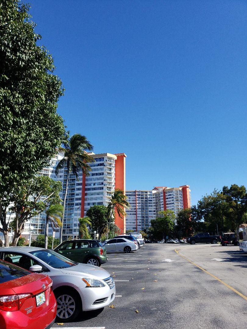 Miami, FL - AC