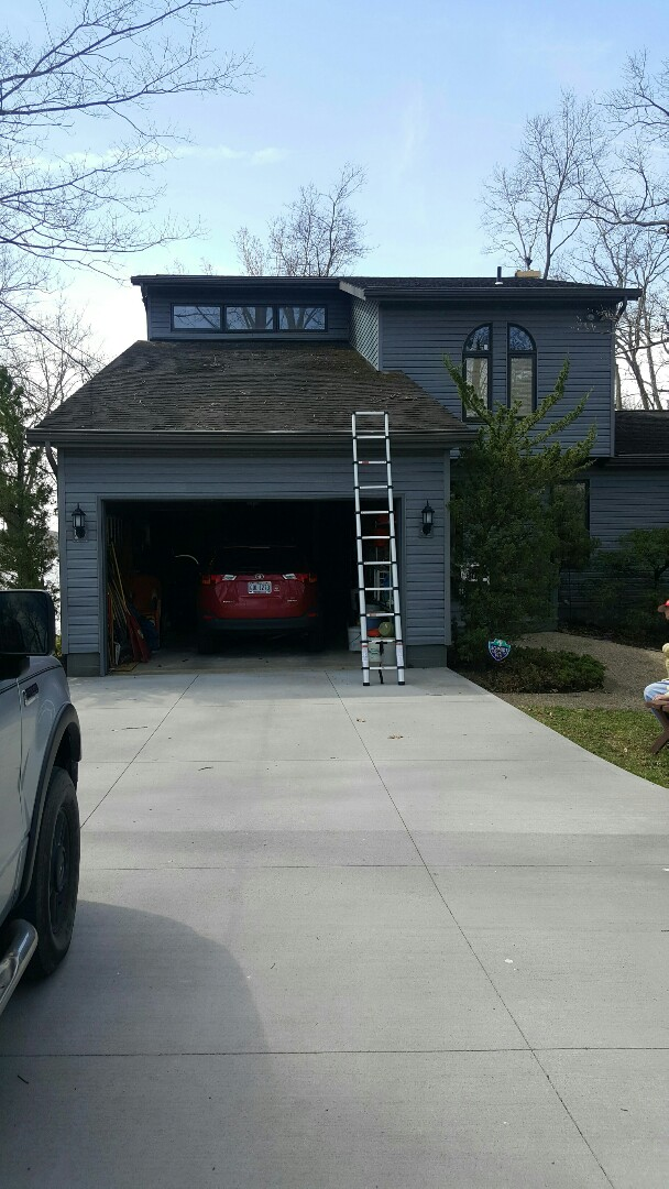 Mansfield, OH - Doing a new charcoal shingle roof