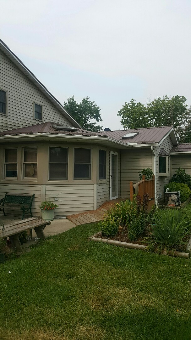Sheffield Lake, OH - new metal roof