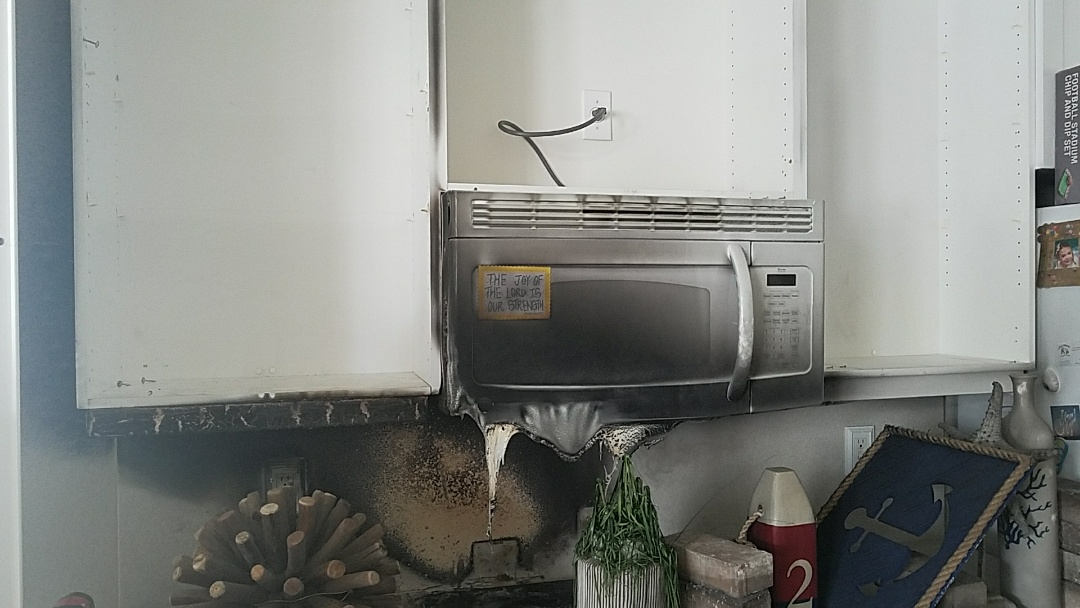 Emergency fire damage and smoke damage cleanup. Air filtration with carbon filters as well as hydroxyl generators being placed. Smoke cleanup with micro cleaning techniques being utilized.