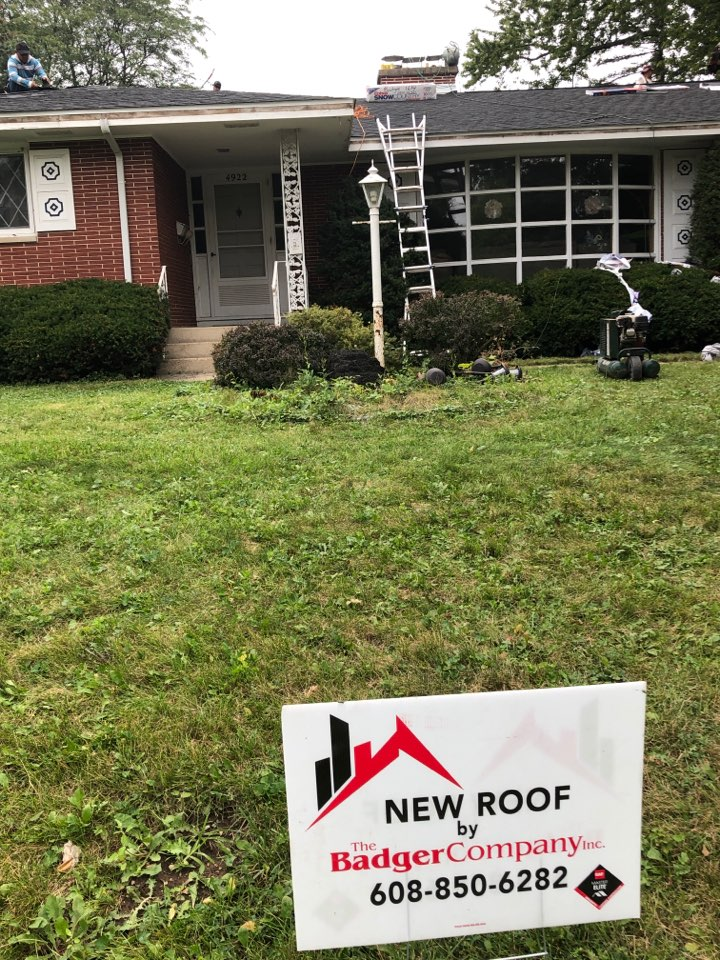 Madison, WI - New roof with GAF Timberline HDZ in Charcoal.