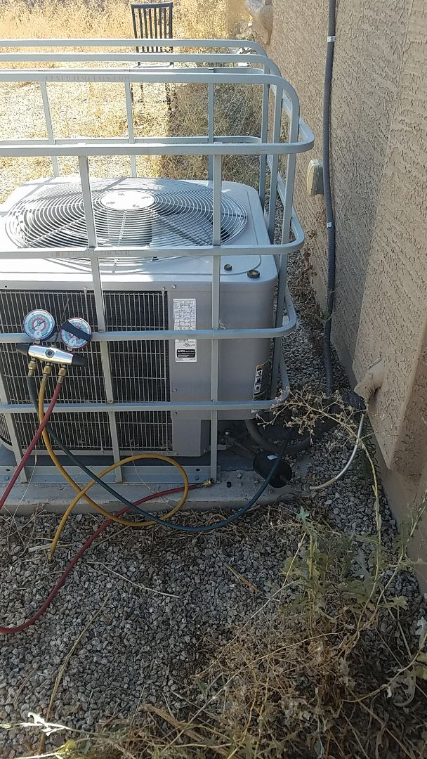 Phoenix, AZ - In Phoenix off of 75th and Broadway, installing a new indoor coil!